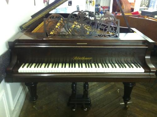 Copyright Pianos Balleron 2012 Tous droits réservés